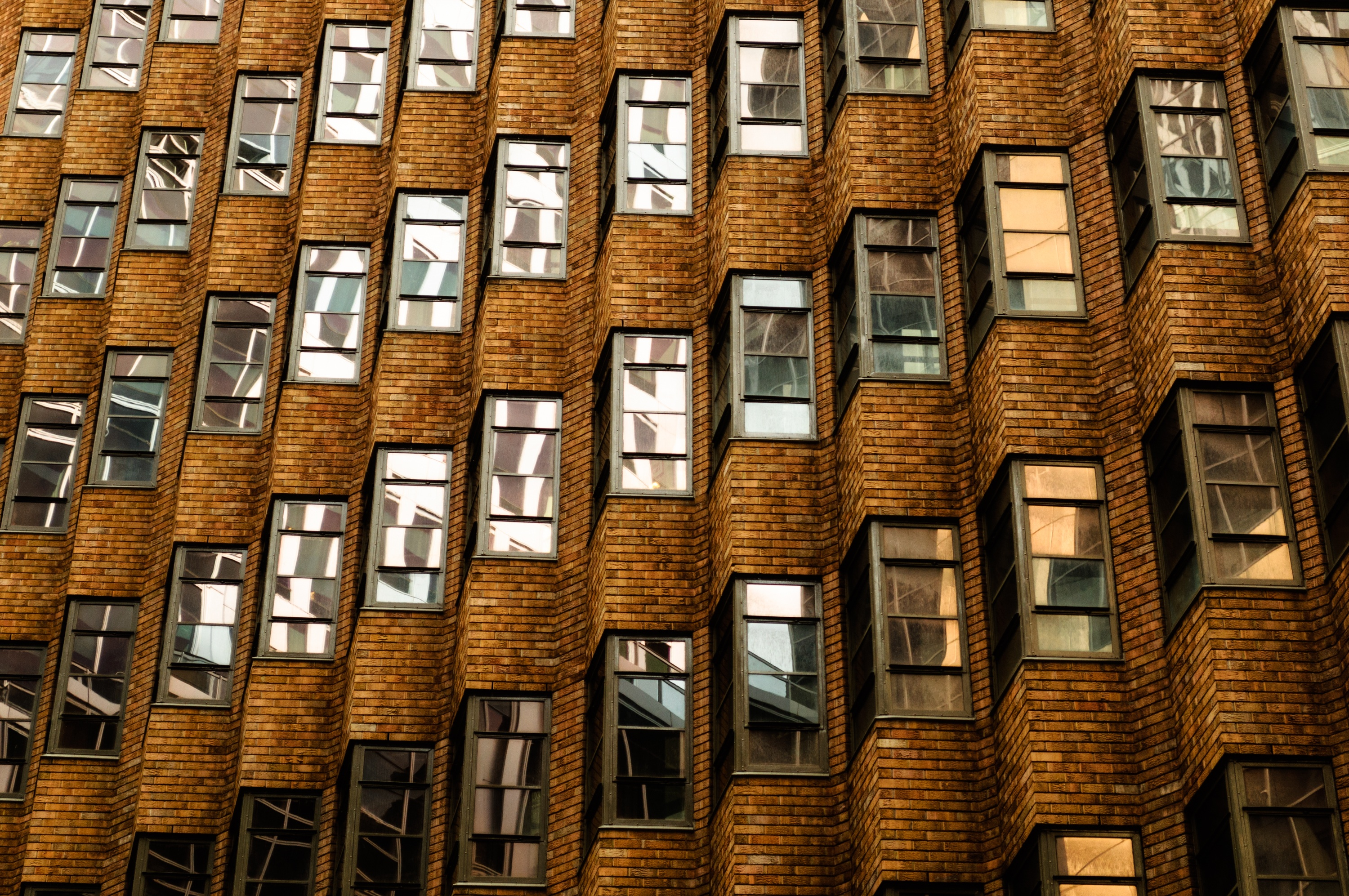 what are typical apartment building operating expenses